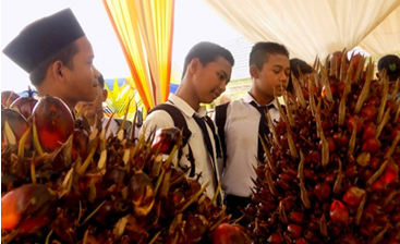 Asian Agri students sustainable palm oil