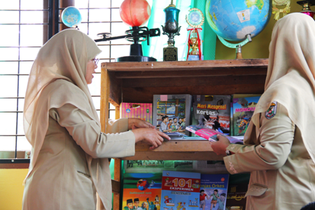 The Books We Read as Children: Sukanto Tanoto Encourages Education Through Tanoto Education